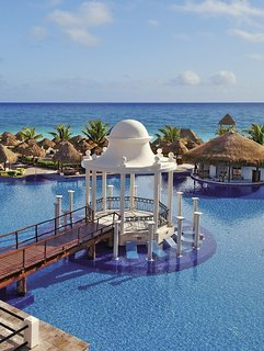Now Sapphire Riviera Cancun by AMResorts