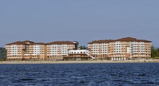 Sol Luna Bay Resort - Bay