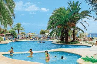 Playa Dorada, Pool